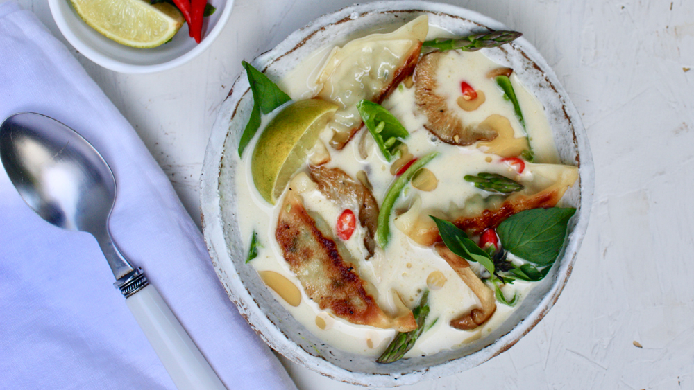 Spice Up Your Winter Lunches With This Tom Kaa Gyoza Soup Recipe