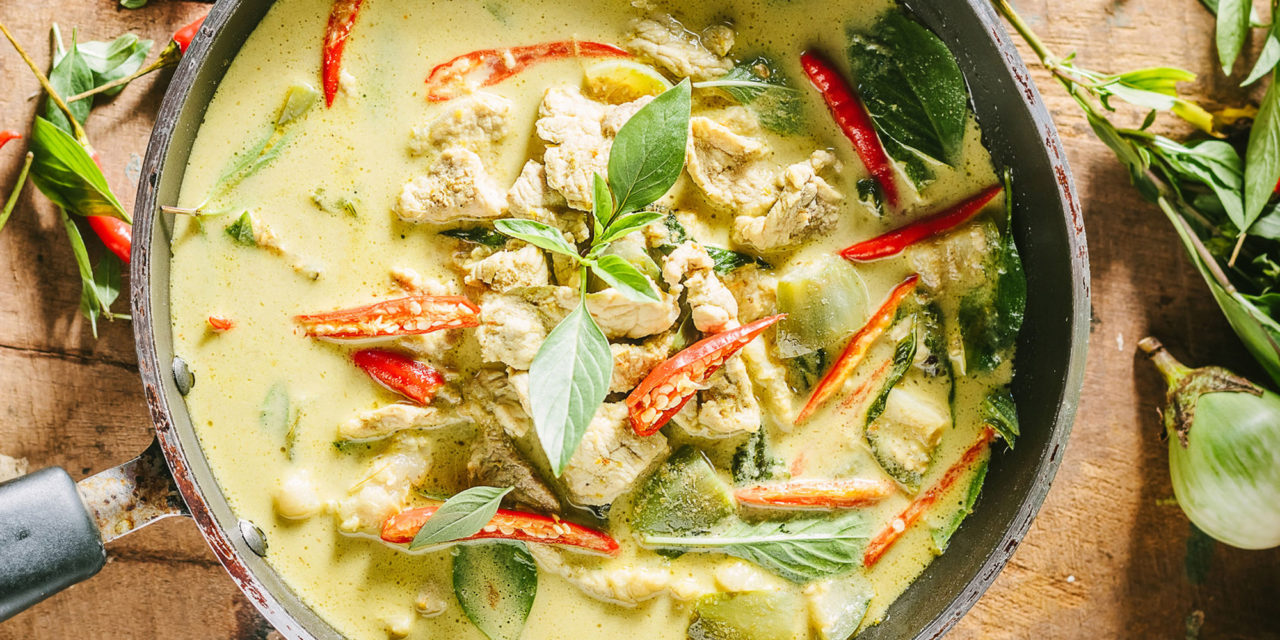 Put Your Christmas Leftovers To Good Use With This Turkey Curry Recipe